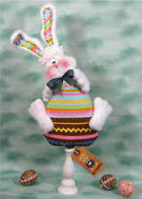 ~Primitive Easter Bunny on Chocolate Egg~PATTERN #244