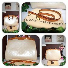 FASHIONABLE LOUIS VUITTON GM  BLANC CORAIL VERNIS BREA TOTE/PURSE/HANDBAG!