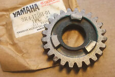 YAMAHA YZ250  IT250  1980 1982  GENUINE  NOS  6th  GEAR  WHEEL - # 3R4-17161-01