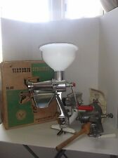 VINTAGE VICTORIO STRAINER NO. 200 CANNING USED IN BOX W/ INSTRUCTIONS and EXTRAS