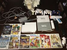 Nintendo Wii White Video Game System Console Bundle