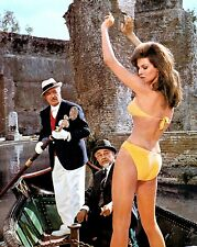 """RAQUEL WELCH IN THE FILM """"THE BIGGEST BUNDLE OF THEM ALL"""" - 8X10 PHOTO (ZZ-075)"""