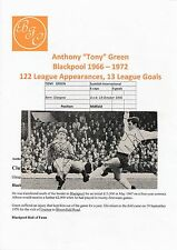 TONY GREEN BLACKPOOL & KEITH PEACOCK CHARLTON ORIGINAL SIGNED MAGAZINE CUTTING