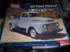 MONOGRAM 1950 Ford Pickup TRUCK 1/24 Model Car Mountain KIT OPEN