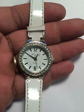 Nice Ladies White Band Kim Rogers Analog Watch