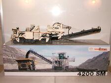 NZG No 874 Wirtgen 4200 SM Surface Miner Superb New