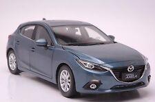 Mazda Axela car model in scale 1:18