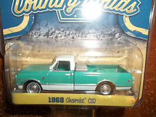 GREENLIGHT 1/64 COUNTRY ROADS SERIES 12 1968 CHEVROLET C10 PICKUP TRUCK