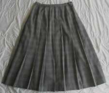 Vintage Pendleton Midi Skirt 14 Black White Pleat Flirty Gabardine Wool Waist 32