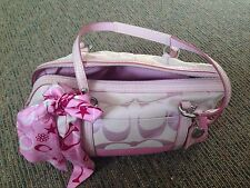 COACH  PINK handbag // slight use