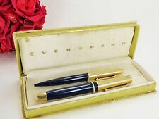 VINTAGE EVERSHARP SET OF 14 K YELLOW GOLD PEN AND PENCIL, NAVY BLUE