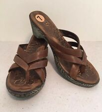 BORN Brown Leather Wedge Thong Sandal Women Size 7 Strapy Cute!