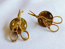 Lot of 2 gold tone metal Victorian lace sewing Stork Scissors pin brooch tack