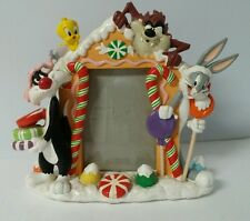 1999 Warner Brothers Looney Tunes 3D XMAS Picture Frame - RARE - FREE SHIPPING