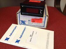 Newport - Digital Panel Meter - Model 268-PC2 - Digital Pyrometer - NEW
