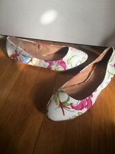 Brooks Brothers Fabric / Leather Flowered Flats Shoes Sz 9