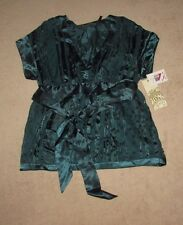 Women's Green Silky Blouse Size Medium by Guess New with tags