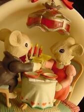 NEW ENESCO COZY CANDLELIGHT DINNER CHRISTMAS ORNAMENT Romantic MICE COZY CUP MIB