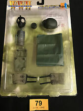 DRAGON WWII GERMAN M38 GAS MASK SET - Ref 79 1:6 Scale