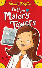 NEW (1)  FIRST TERM AT MALORY TOWERS ( MALORY TOWERS book )  Enid Blyton