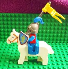 Lego Castle 6080 Minifig Knight on Horse, Single Flag Lance & Shield - Complete