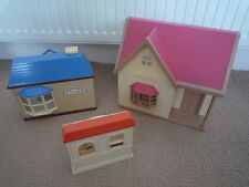 SYLVANIAN FAMILIES  BUNDLE OF 3 BUILDINGS  / 1 LARGE & 2 SMALLER