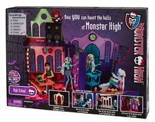 NEW SEALED! 2012 MONSTER HIGH SCHOOL PLAYSET FREAKY FABULOUS FREE SHIPPING