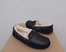 UGG BLACK DAKOTA CROCO LEATHER SHEEPWOOL MOCCASIN SLIPPERS, US 9/ EUR 40 ~NIB