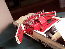 DANBURY MINT 1962 FORD THUNDERBIRD CONVERTIBLE CAR VERY NICE MINT