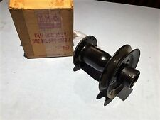 NOS 1953 FORD TRUCK V8 FAN HUB ASSEMBLY-PULLEY - PART #8RC-8616-A