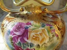 ANTIQUE NORITAKE NIPPON MAPLE LEAF GOLD FOOTED HANDPAINTED VASE ROSES MORIAGE