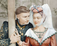RENEE ASHERSON & LAURENCE OLIVIER UNSIGNED PHOTO - 4609 - HENRY V
