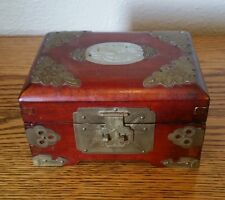 Vintage shanghai carved jade top pink silk lined chinese jewelry box