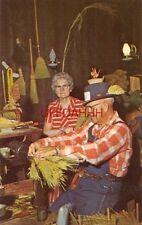 YE OLDE BROOM AND BASKET SHOP, Mr and Mrs Theo. C Ressler