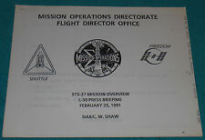 NASA STS-37 Mission Review Press Briefing Operations Directorate Booklet 19 page