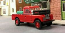 1:76 OO Scale Model Land Rover Series 2 2a 109 LWB Fire Tender Engine Oxford