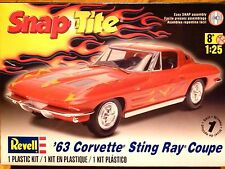 Revell Monogram 1:25 '63 Corvette Sting Ray Coupe Car Model Kit