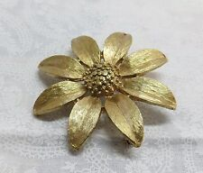 Vintage Sarah Conventry Gold Tone Flower Brooch / Pin / Bridal