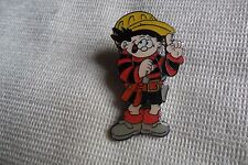 Beano character Dennis The Menace Tools pin lapel badge, free u.k. p&p