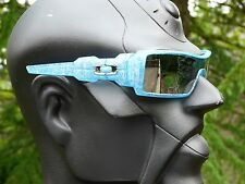NEW! OAKLEY OIL RIG HOLIDAY Sunglasses Frosted Blue Silver Text / Chrome Iridium