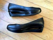 Calvin Klein Unique Minimal Architectural Black Platform Wedge Flats Size 7