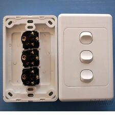 TRIPLE GANG POWER GLOSS SWITCH LIGHT ELECTRICAL SWITCH AU STAND 10A 3 GANG
