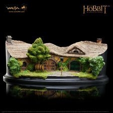 WETA The Hobbit The Green Dragon Statue Diorama SEALED NEW