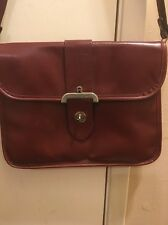 ETIENNE AIGNER VTG Handmade 100% Leather Burgundy Red Shoulder/Handbag Purse
