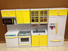 Barbie Doll Yellow Light Up Kitchen Stove Oven Microwave Refrigerator Furniture