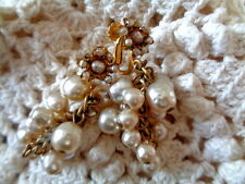VINTAGE MIRIAM HASKELL BAROQUE PEARL GRAPE CLUSTER EARRINGS FLOWER TOPS