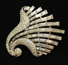 Vintage Trifari Brooch Silver With Crystals Signed