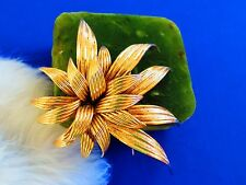 Grosse 1964 Germany rare textured gold plated brooch pin   tr