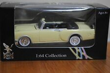 Diecast Car 1953 Packard Caribbean Yat Ming 1:64 Collection Road Signature