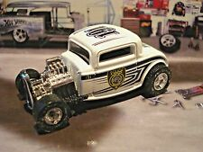 HOT WHEELS 1932 FORD OLD SCHOOL MILWAUKEE POLICE CARLIMITED EDITION HOT ROD 1/64